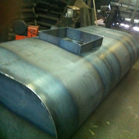Прицепная цистерна для питьевой воды теплоизолированная ПЦПТ-1,7